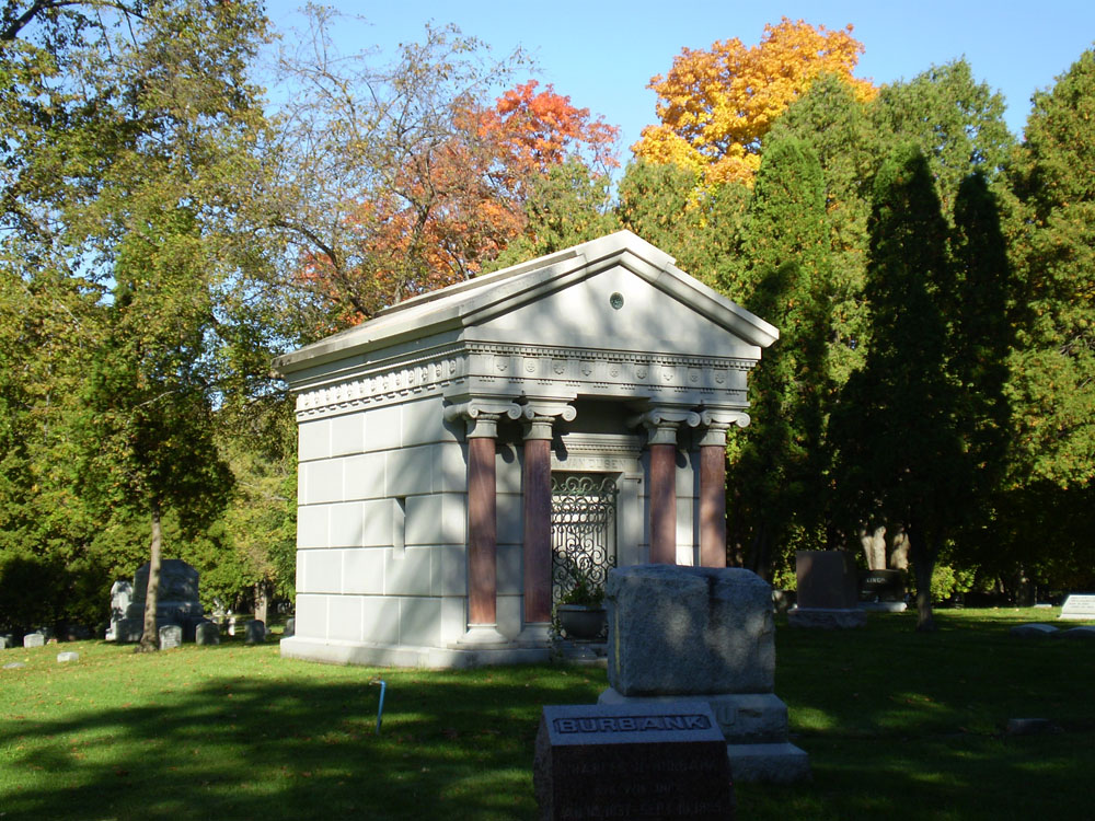 Oakwood Downtown Cemetery Masoleum